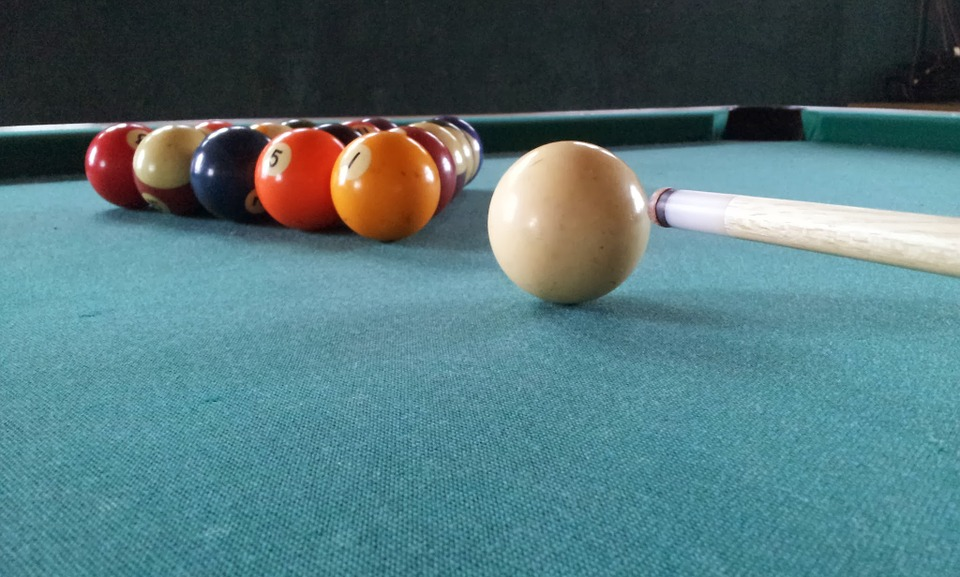 Prevent damage to your pool table - hire pool table movers