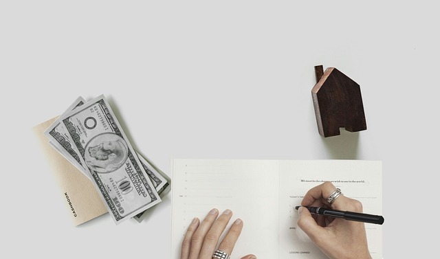 deduct moving expenses when moving a home