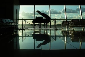 silhouette of grand piano